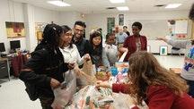 Iroquois high school students run food drive