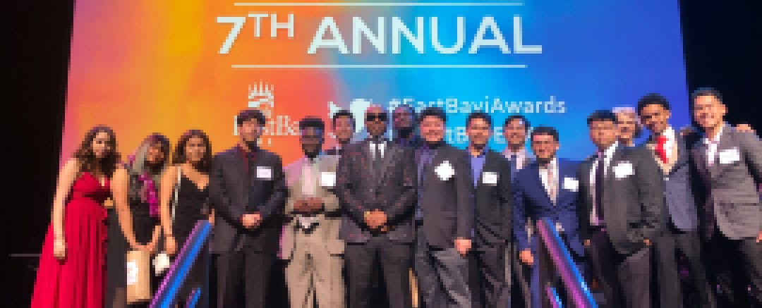 PilotCity students pose with MC Hammer at the 2019 East Bay Innovation Awards ceremony