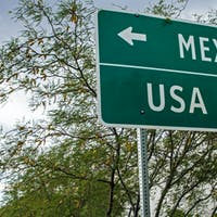 A South Texas University Turns to Online Courses to Help Commuters, Students in Mexico