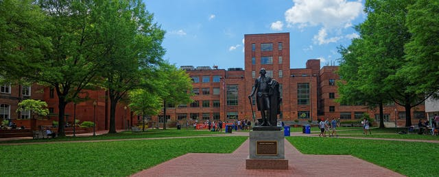 Faculty Say Online Programs 'Cannibalize' On-Campus Courses at George Washington University