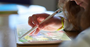 Apple and Microsoft Now Offer $100 Styluses. But Do Schools Need—or Want—Them?