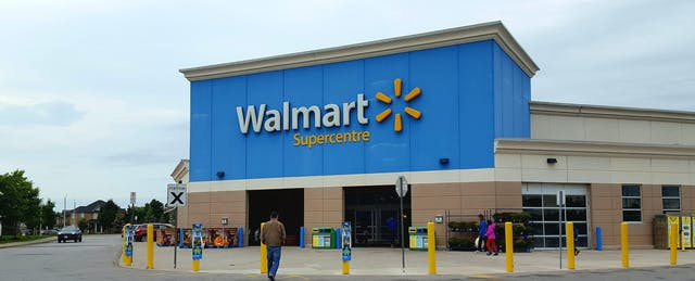 Walmart Chooses Three Colleges Where Its Employees Can Study For $1 a Day