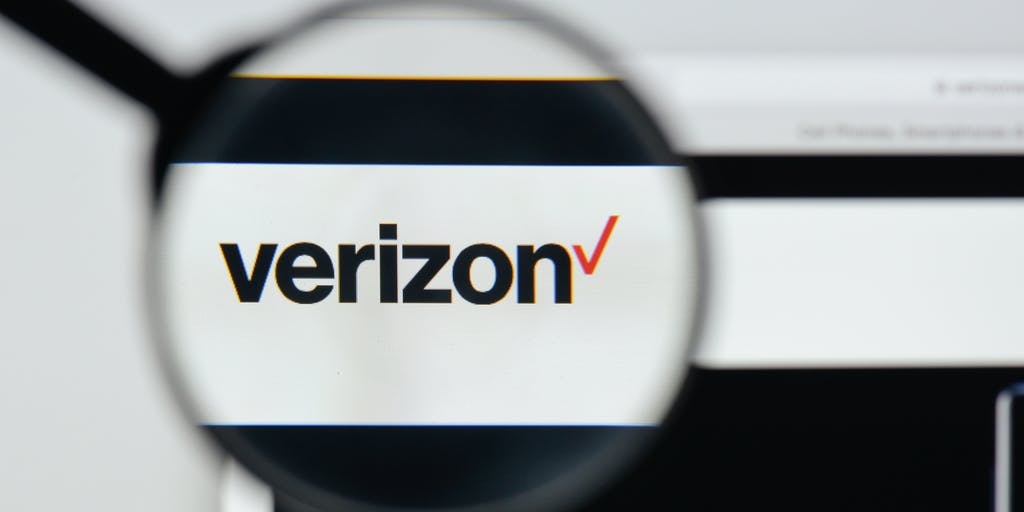 Verizon Promises to #ReverseTheFee on Remind After Educators' Outcry  | EdSurge News