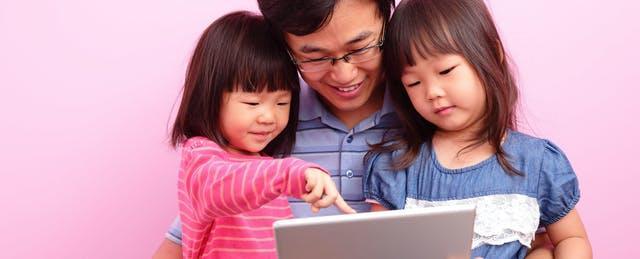 How to Connect With Your Kids' Digital Interests and Become a Media Mentor
