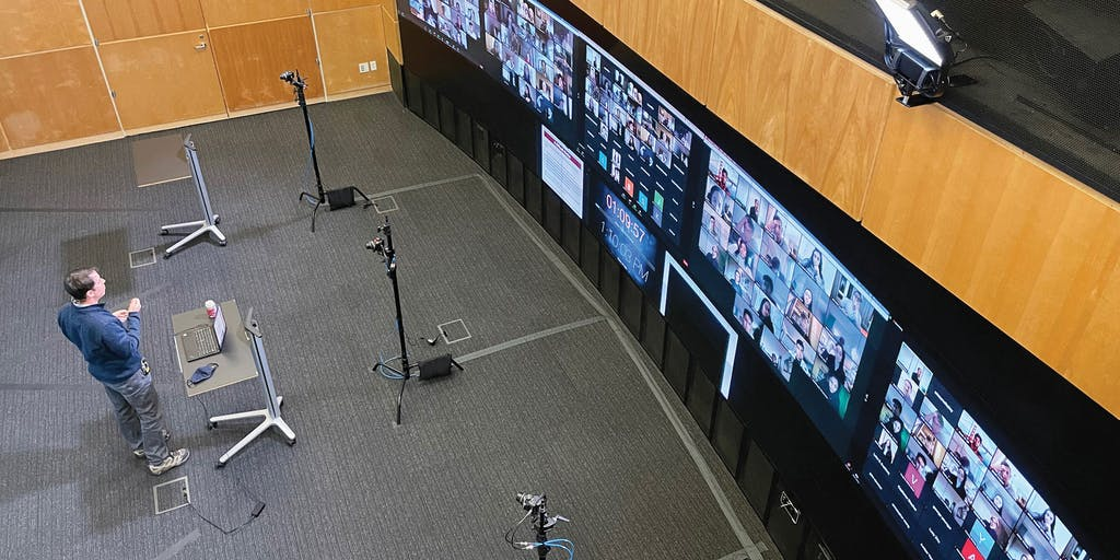 That Class Where Stanford Profs Projected Hundreds of Zoom Students on a Video Wall