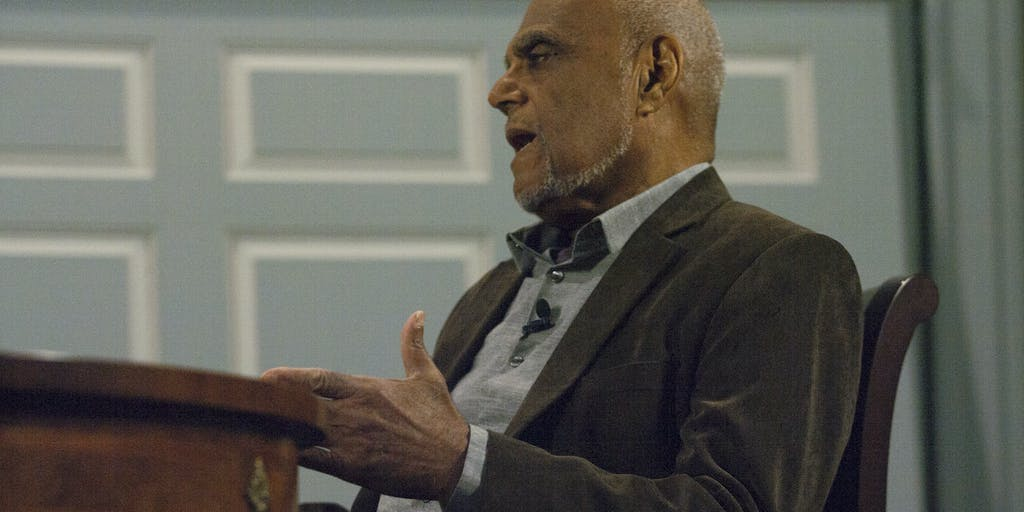 How Civil Rights Pioneer Bob Moses Changed Math Education