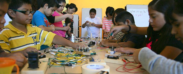 Makers in the Classroom: A How-To Guide