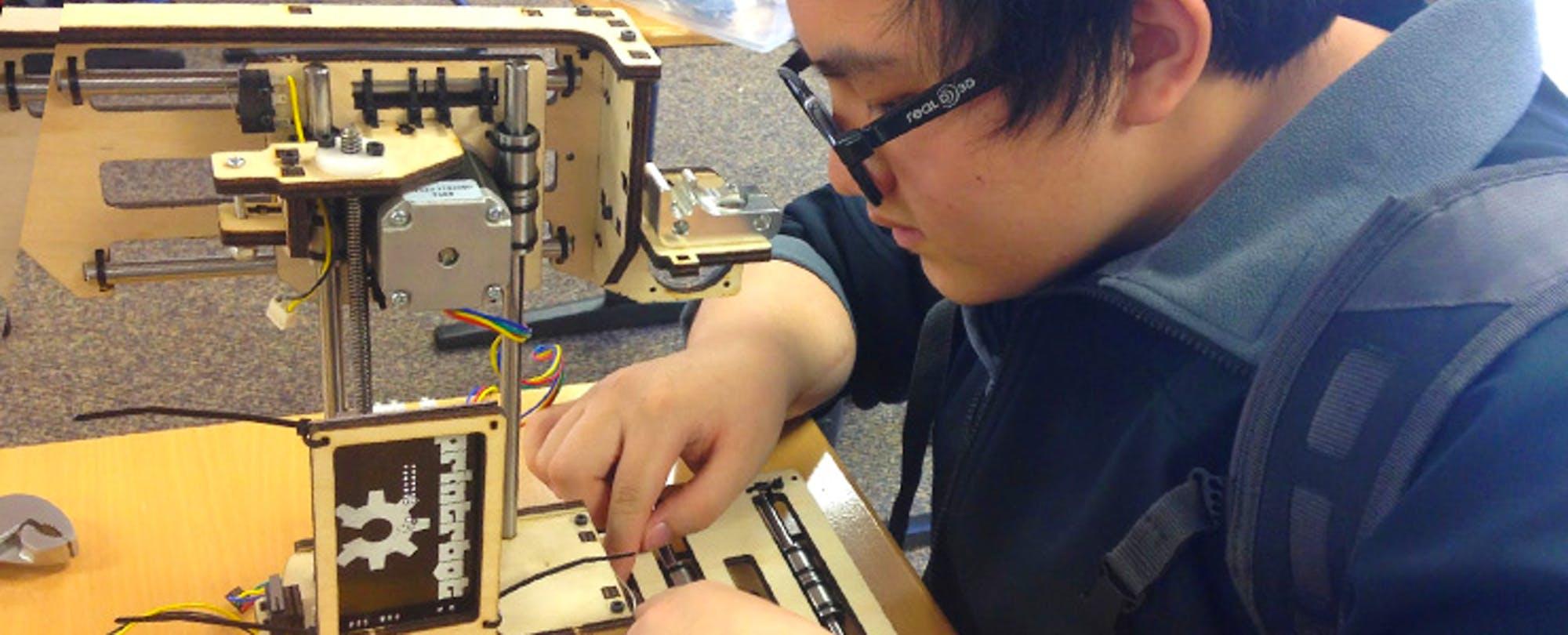 How I Built a 3D Printer On My Lunch Break