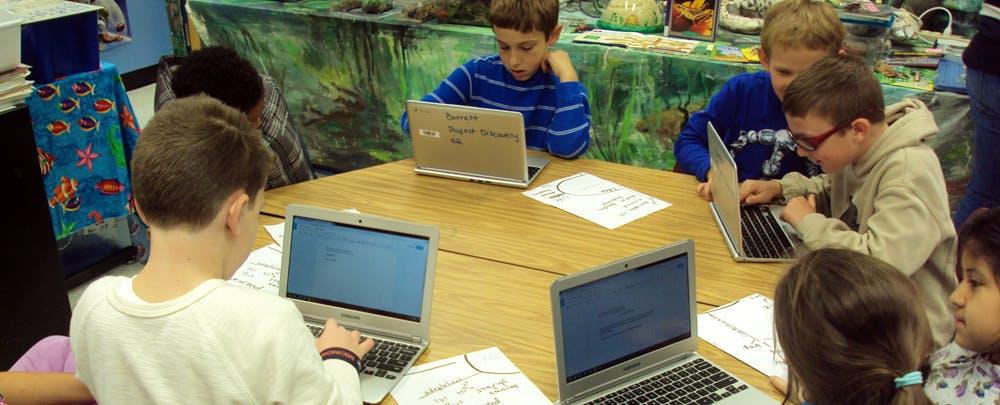 3 Reasons Why Chromebook Beats iPad in 1:1 Programs