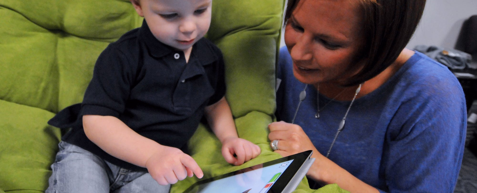 Twelve Days of Devices: Using Technology with Kids Over the Holidays