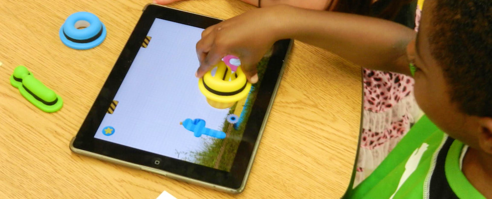 New Approaches Add a Tactile Dimension to Digital Learning