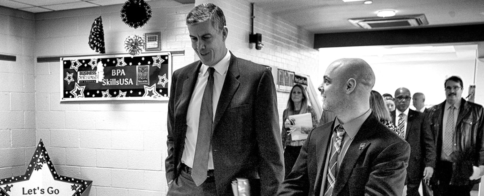 What the White House Press Corp Didn't Ask About Arne Duncan's Resignation