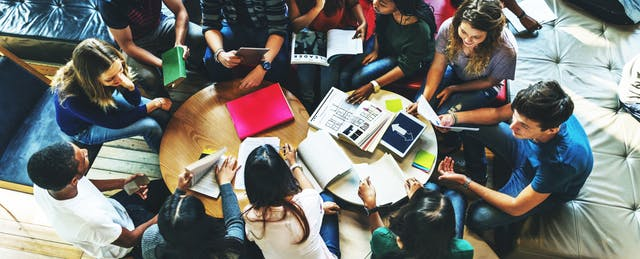 Forget the Mall. These Days, Teens Go to Library Makerspaces