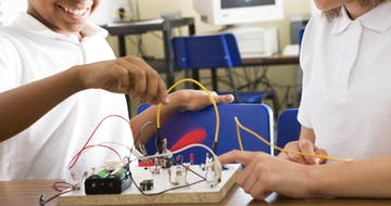Why Do So Many Schools Want to Implement Project-Based Learning, But So Few Actually Do?