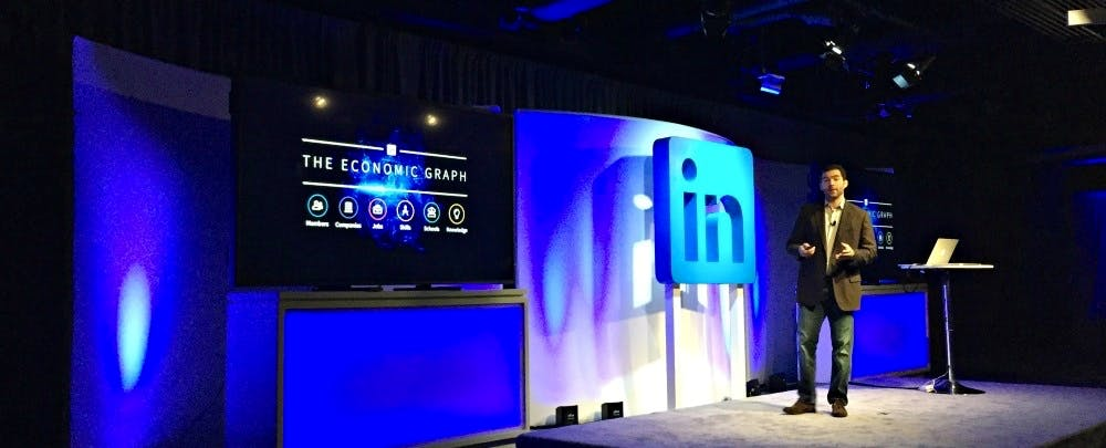 how to download courses from linkedin learning