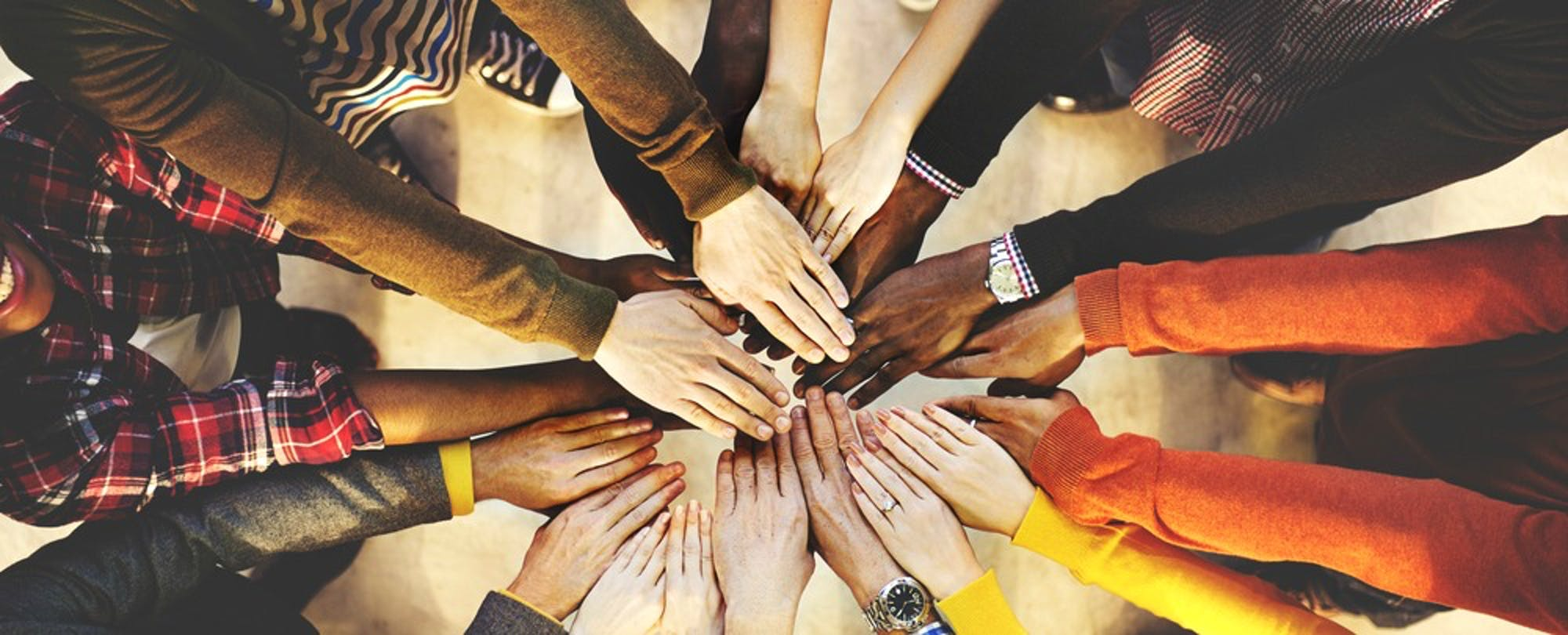 Online Classes Get a Missing Piece: Teamwork